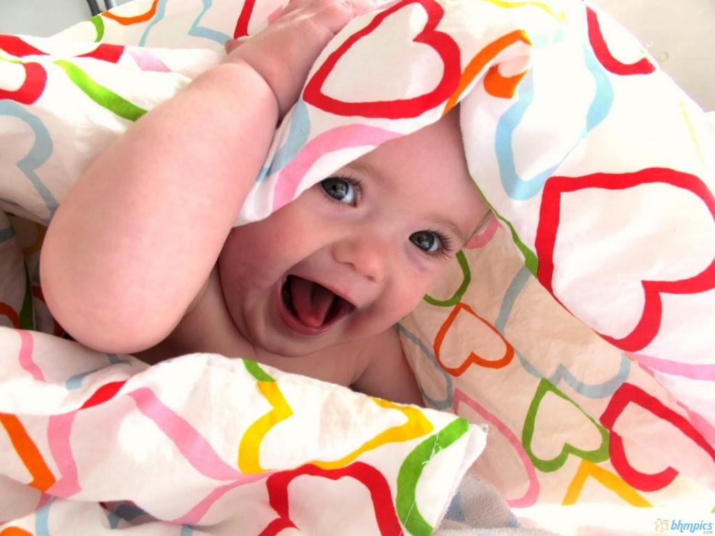 a_heart_comforter_baby-1600x1200-1024x768